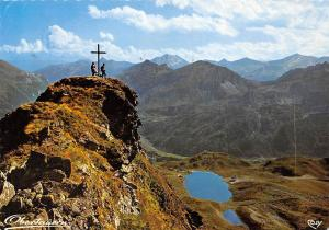 Suedliches Gipfelkreuz auf der Seekarspitze Berg Mountain Cross Lake