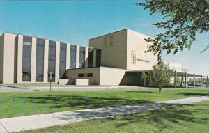 FARGO, North Dakota; Dakota Clinic, 40-60s