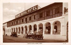 Yemen Aden Grand Royal Hotel, vintage cars, voitures
