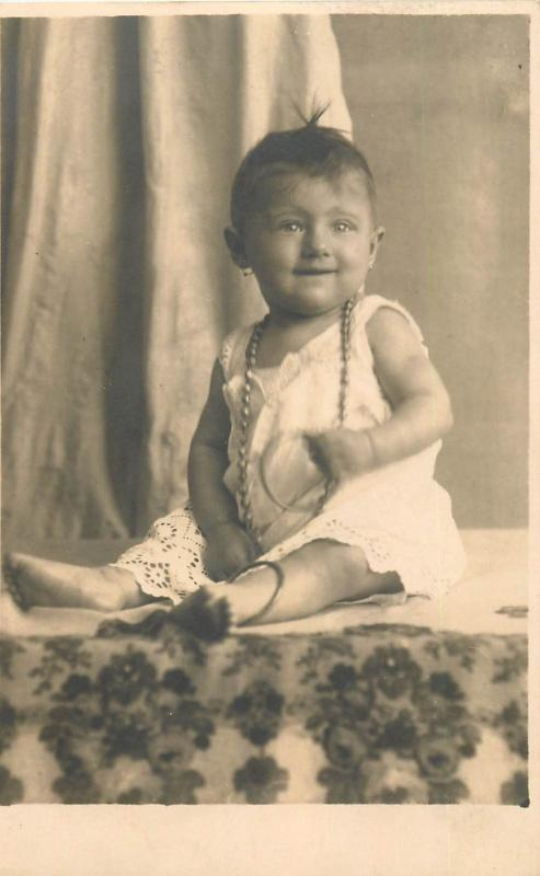 Romania photo postcard dated 1929 cute baby girl