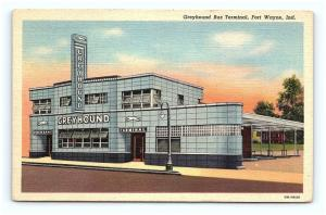 Postcard IN Fort Wayne Greyhound Bus Terminal Vintage Linen H01
