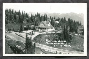 4882 - Canada REVELSTOKE BC Heather Lodge. Real Photo Postcard by Stocks