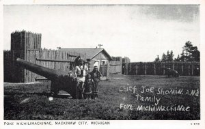 LP53  Mackinaw City   Michigan  Postcard Fort Michilimackinac