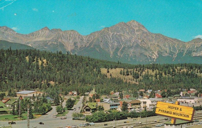 Jasper Park , Alberta , Canada , 1950-60s ; PyramidMountain