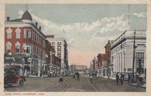 DAVENPORT , Iowa, 1917 ; Third Street