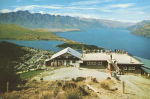Skyline Chalet & Restaurant Queenstown New Zealand NZ Unused Postcard D28