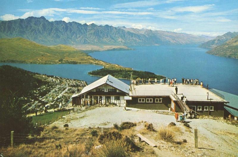 Skyline Chalet & Restaurant Queenstown New Zealand NZ Unused Postcard D28