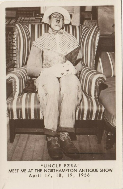 RP: NORTHAMPTON , Massachusetts, 1956 ; Uncle Ezra at Antique Show