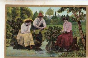 P1815 old unused postcard 2 ladies & man just a few lines fishing