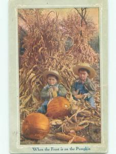 Pre-Linen halloween KIDS AT HALLOWEEN TIME - WHEN FROST IS ON THE PUMPKIN W7222