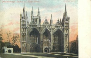Postcard UK England Peterborough, Northamptonshire cathedral