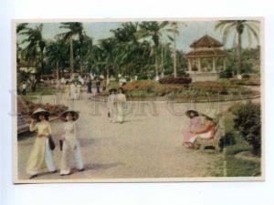 196687 Vietnam Hai Phong girls old postcard