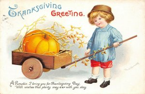 LP82  Thanksgiving Holiday Postcard Artist signed Clapsaddle