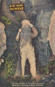 LOOKOUT MT., GA, 30-40s ; Rip Van Winkle in Fairyland Caverns, Rock City Gardens