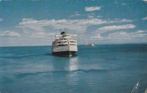 Passing Ships , Saquenay trip , Quebec , Canada , PU-1955