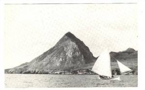 Tristan da Cunha, Longboat off Nightingale Island, 1974