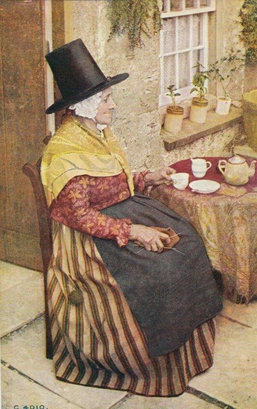 Welsh woman having Tea , WALES , UK , 00-10s
