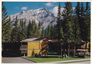 Charlton's Evergreen Court, BANFF, Alberta, Canada, 50-70's