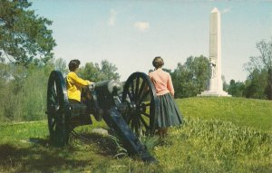 Vicksburg, MS, Michigan State Memorial, Civil War Union Soldier, Girls w Cannon