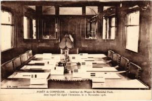 CPA Foret de COMPIEGNE Interieur du Wagon du Marechal Foch dans leguel (291318)