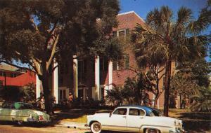 St Petersburg FL 1952 Four-Door Automobile @ Mount Vernon Hotel