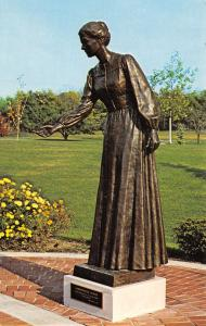Nauvoo Illinois~LDS Mormon Monument to Women~Compassionate Woman 1960s