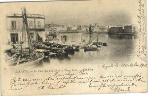 CPA AK TUNISIE BIZERTE - La Place des Consuls & le Vieux Port (162042)