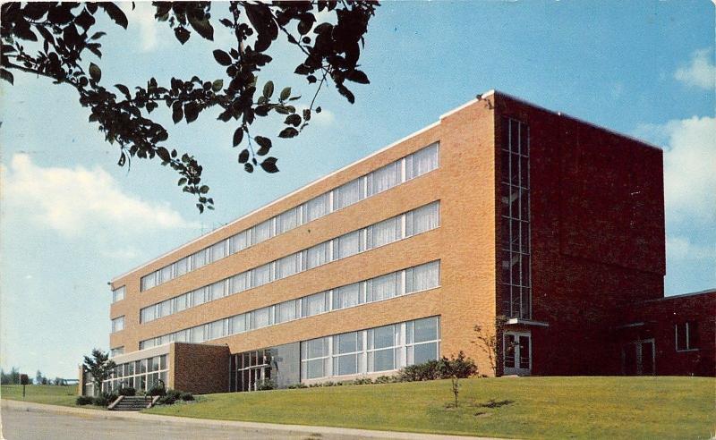 Kent Ohio~Kent State University Verder Hall (Womens Dormitory)~1960 Postcard
