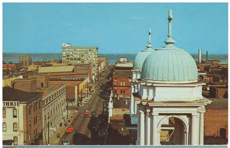 PADUCAH KENTUCKY DOWNTOWN VIEW BROADWAY TO OHIO RIVER VINTAGE POSTCARD