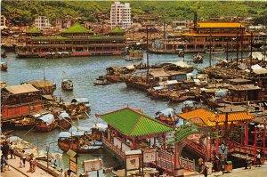 us8347 floating restaurant delicious sea food hong kong