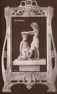 RP; The Crown, Kids One Putting A Crown On Another, PU-1910; Davidson Bros.