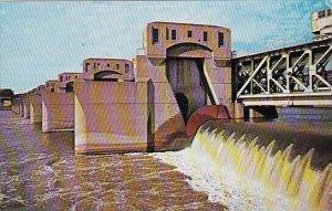 Mississippi Dam No 15 Davenport Iowa