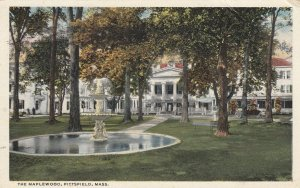 PITTSFIELD , Mass. , 1917 ; The Maplewood