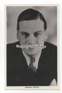 b3842 - Film Actor - Norman Foster - postcard - Picturegoer 678