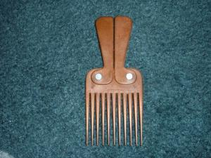 1940's Wooden Folding Comb, Made in Hong Kong