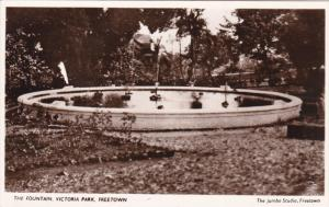RP: The Fountain , Victoria Park , FREETOWN , Sierra Leone , 20-40s