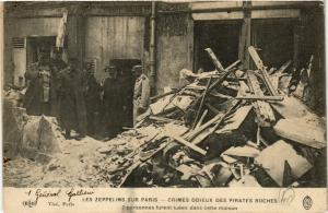 CPA AK LES ZEPPELINS SUR PARIS 7 personnes furent tuées (199824)