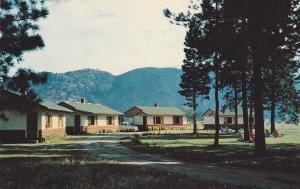 Pinegrove Motel, GRAND FORKS, British Columbia, Canada, 40-60s