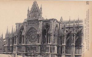 France Reims Cathedrale Bras nord du transept etat apres bombardement