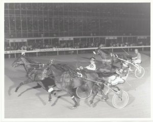 ONTARIO SIRES STAKES, Harness Horse Race, JAZZY JEN wins