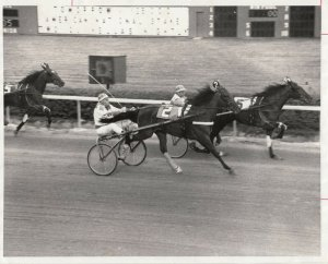 SPORTSMAN'S PARK Harness Horse Race , AH SO winner, 1972