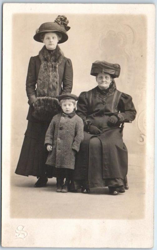 c1910s RPPC Real Photo Postcard Studio Portrait 3 Generations Overcoats & Hats