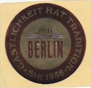GERMANY BERLIN HOTEL BERLIN VINTAGE LUGGAGE LABEL