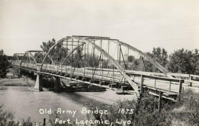 RP: FORT LARAMIE , Wyoming , 1930s ; Old Army Bridge