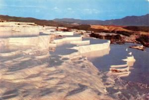 Turkey Denizli Pamukkale'de Travertenler Colcer Formationsin (Hierpolis)