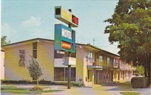 Michigan Dearborn The Village Motel