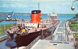 S.S. Tom M. Girdler, Great Lakes Freighter in The Soo Locks,