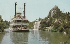 8970 Steamboat at Disneyland, California 1961