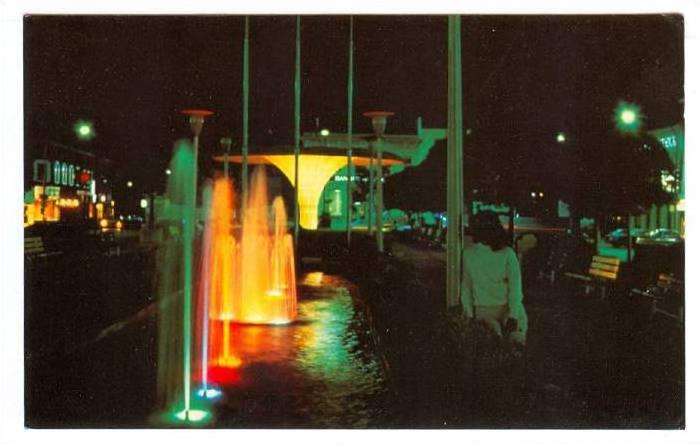 Night View, Colorful Water Fountain, Place I'Esplanade, Le Soir, Joliette, Qu...