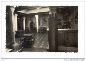 RP; Malaga - El Refugio, Spain, 30-50s Restaurant /bar interior